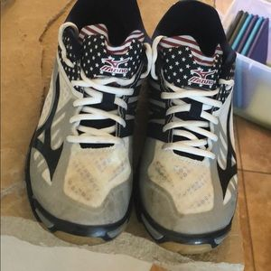 Other - Mizuno volleyball shoes
